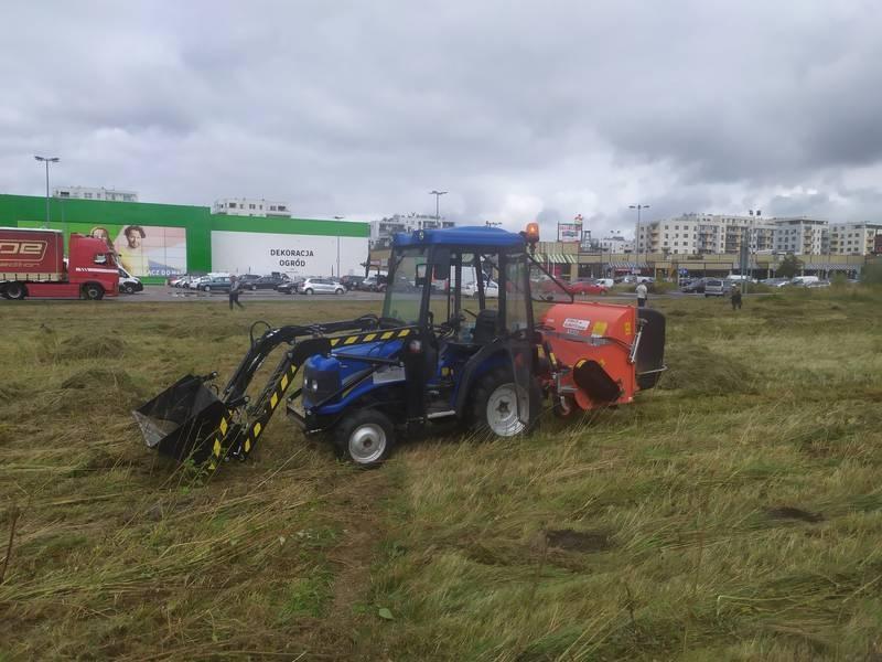 Usługa traktorem 17